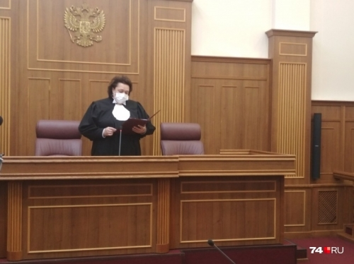 Лучше бы развёлся. Депутата-главврача из Локомотивного приговорили к 11 годам колонии строгого режима